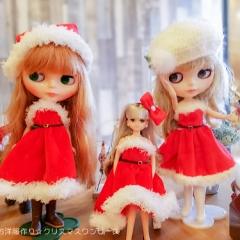 """お人形のお洋服作り☆クリスマスワンピース • <a style=""""font-size:0.8em;"""" href=""""http://www.flickr.com/photos/60410788@N05/49108134333/"""" target=""""_blank"""">View on Flickr</a>"""